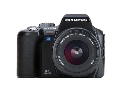 Olympus targets enthusiasts with E-500 SLR