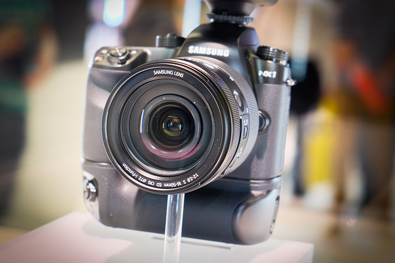 Samsung NX1 Review – Hands-on First Look
