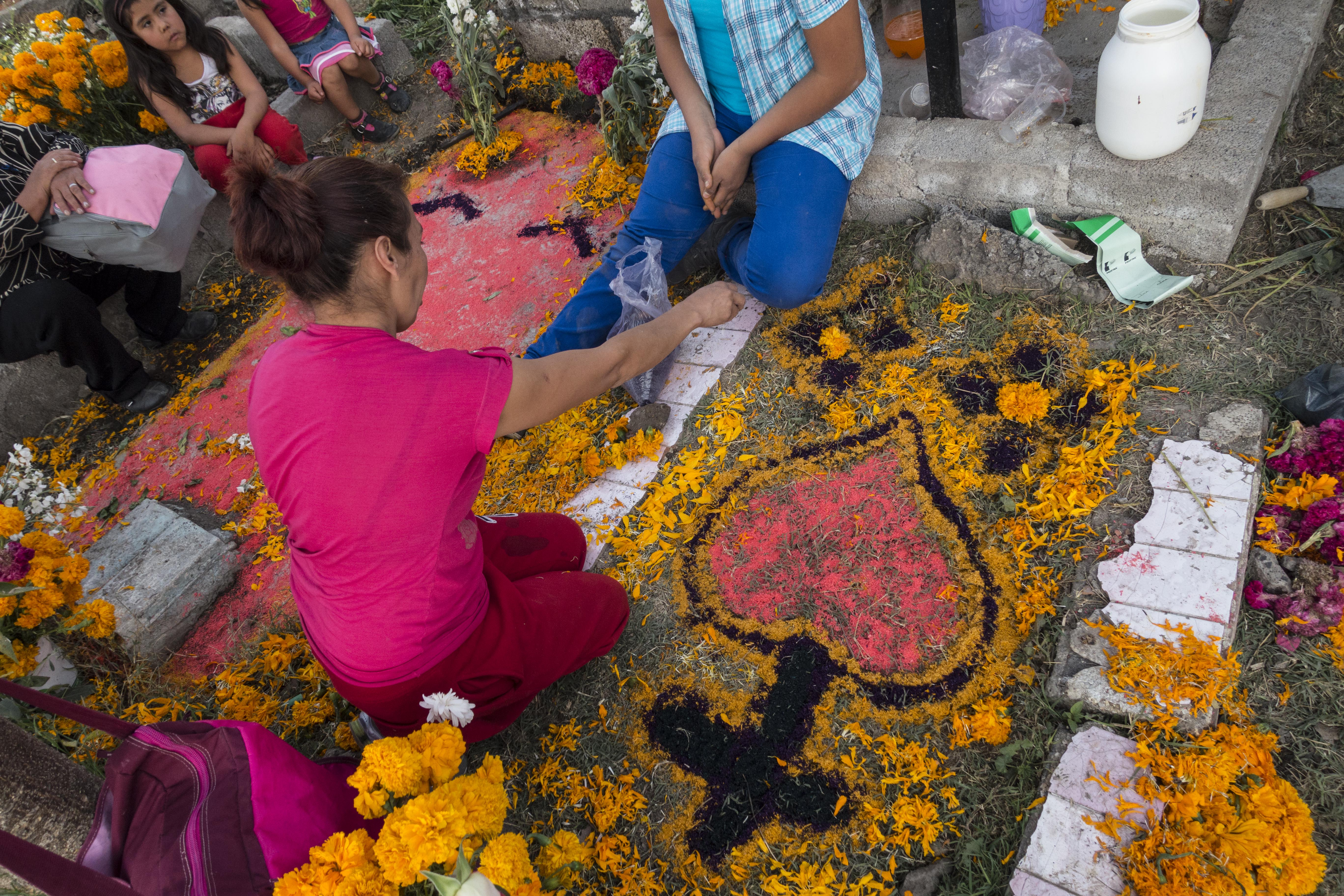 PICTURES: Photographer Antonio Olmos captures Mexico's 'Day of the Dead'
