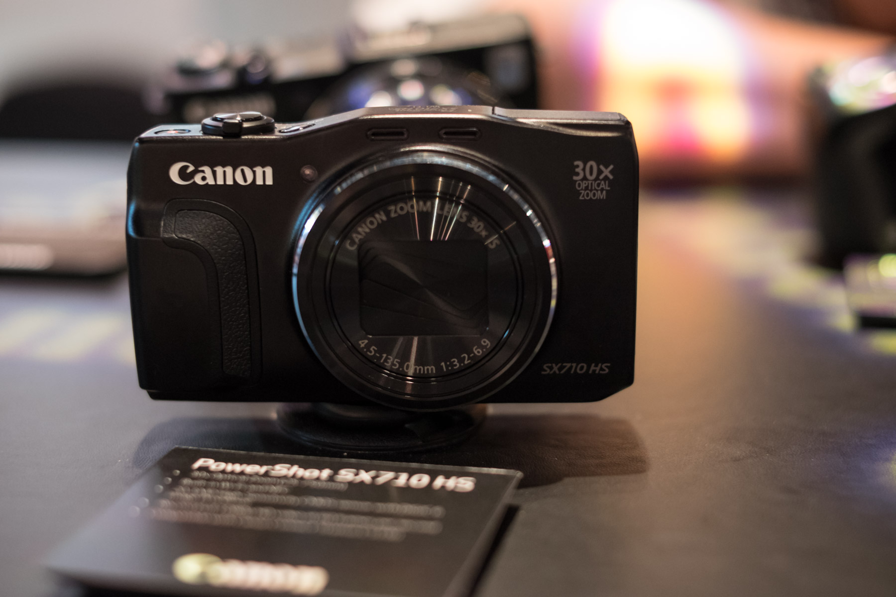 Demand for high-end compacts and superzooms bucks camera sales trend