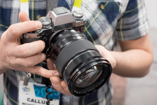 CES2015: Fujifilm Stand Report, including new lenses