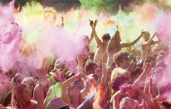 How to shoot the Holi festival of colours