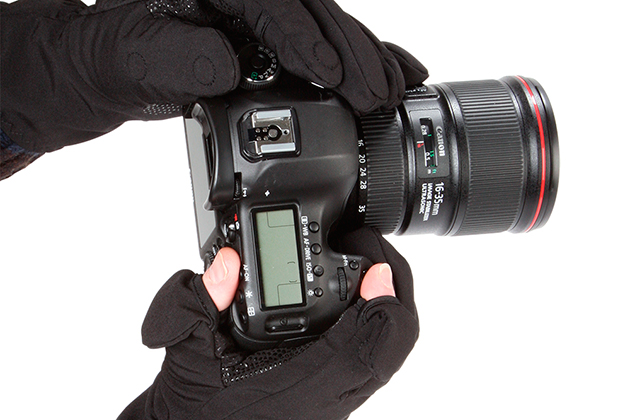 Easy-Off-Gloves-Zip-Photography-Gloves