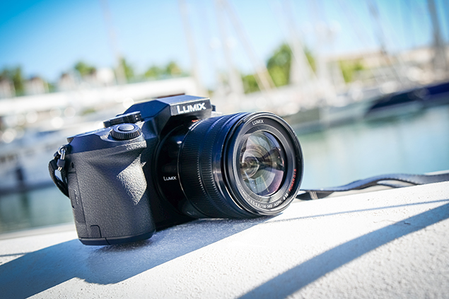 The Panasonic Lumix G7 provides a deep handgrip that offers a comfortable feel in the hand.