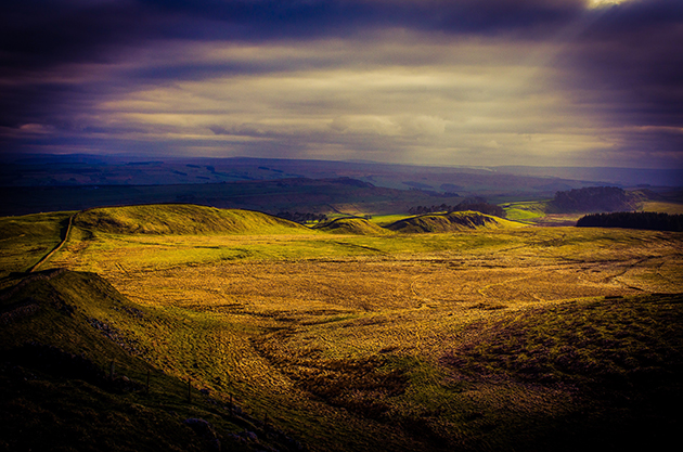 Ian Cook - Hadrian's Wall from Sewingshields.web