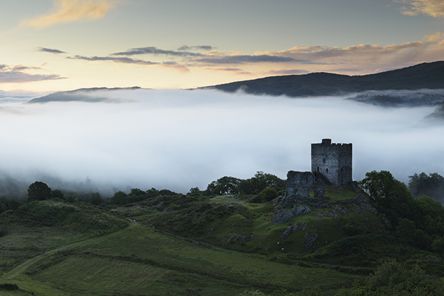 Photo Location Guide: Dolwyddelan Castle