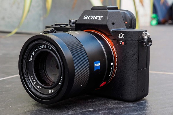 Sony-Alpha-7R-hands-on-image-9-thumbnail