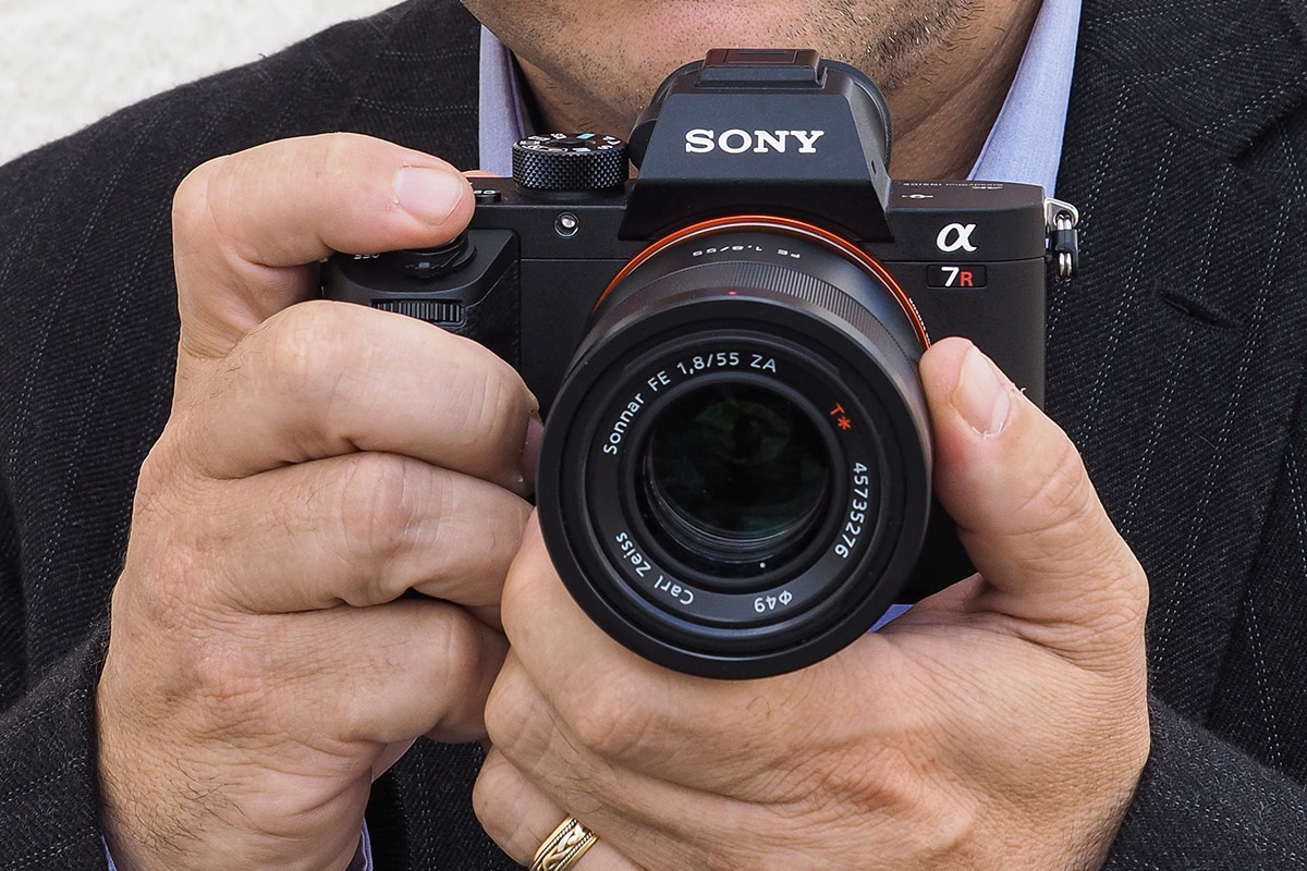 Sony Alpha 7R II, Sony RX100 IV and Sony RX10 II hands-on product shots