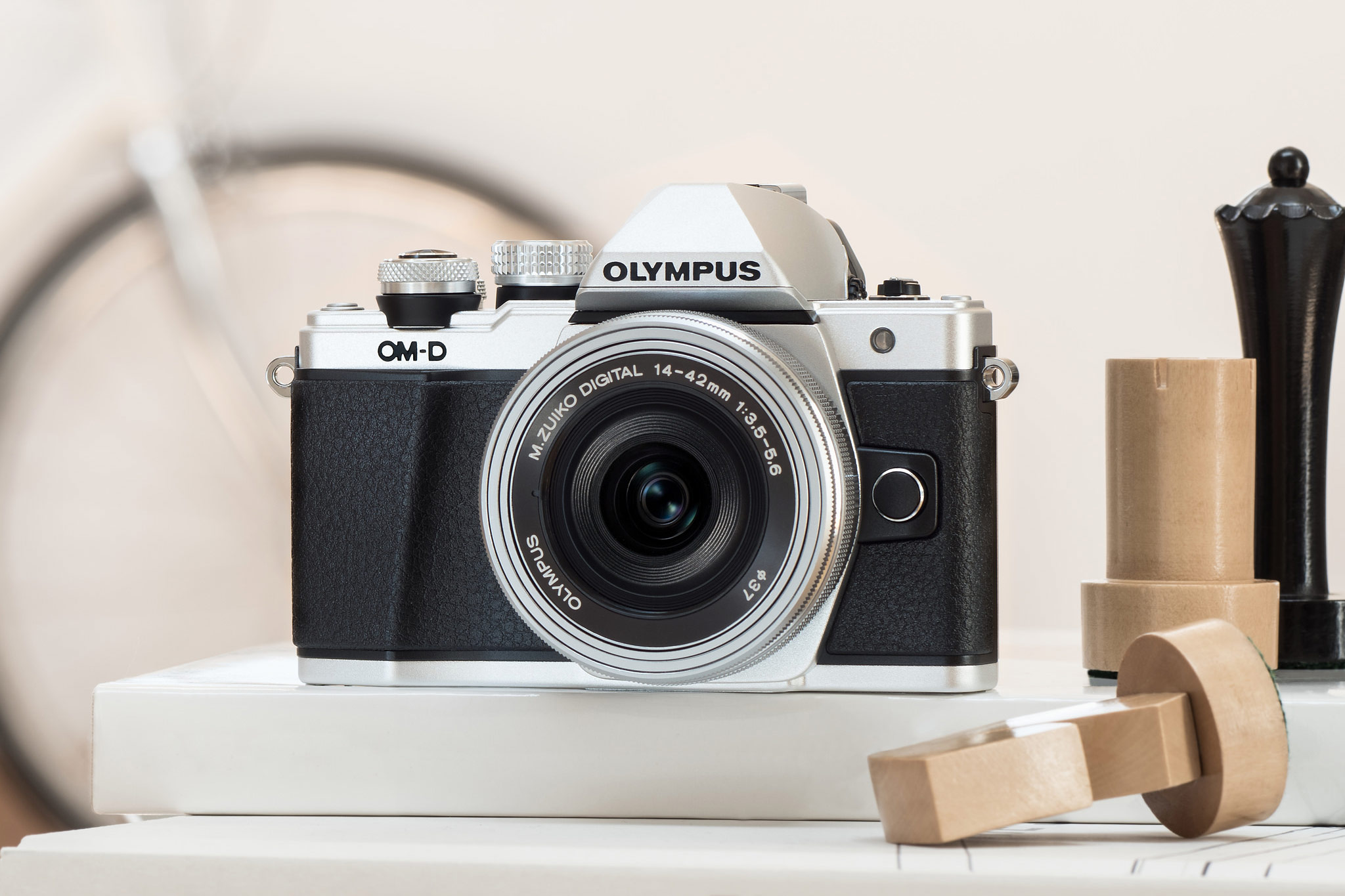 Olympus OM-D E-M10 Mark II vs Olympus OM-D E-M10 – The 9 Key Differences