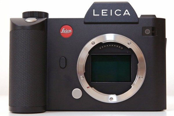 The lens mount is the same as that used on the Leica T, now called the L-mount