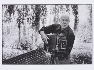 Paul Strand Photographing the Orgeval Garden, 1974, © Martine Franck / Magnum Photos