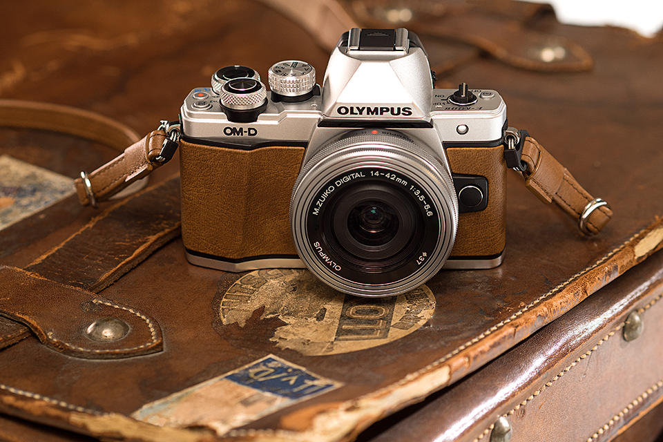 Olympus launches limited-edition OM-D E-M10 Mark II in 'fox brown'