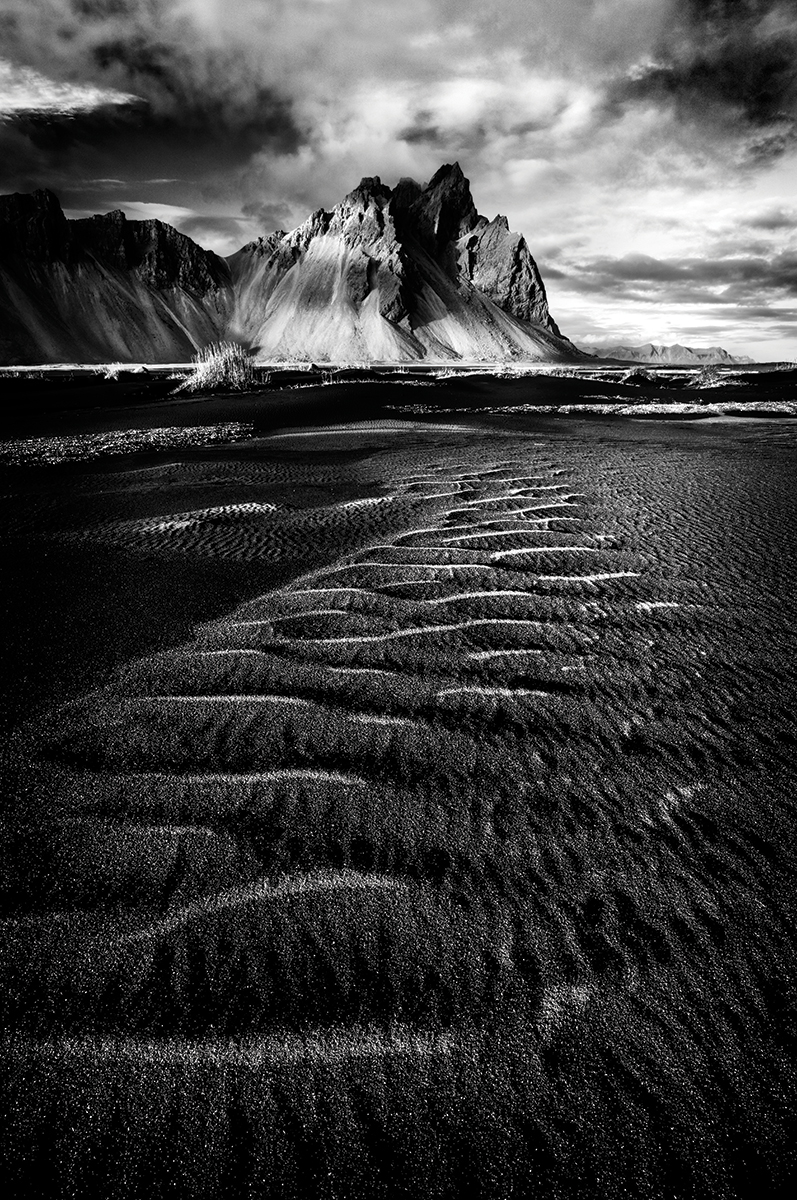 Stokksnes, Iceland. High contrast and high structure presets are ideal for adding drama to an image. Canon EOS 5DS, 16-35mm, 0.6sec @ f/22, ISO 100