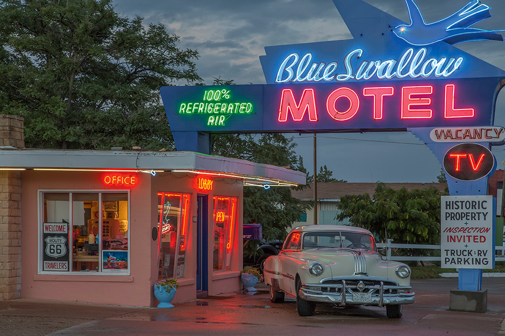 Tony-Worobiec-Blue-Swallow-Motel