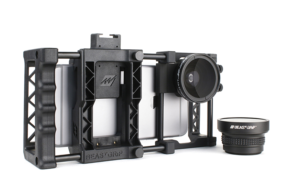 Attach lenses and accessories to smartphones using new Beastgrip Pro rig