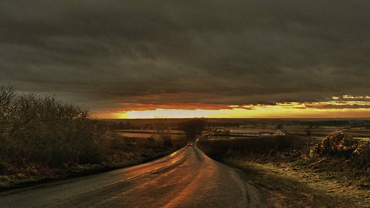 Photo appraisal: Road at sunset