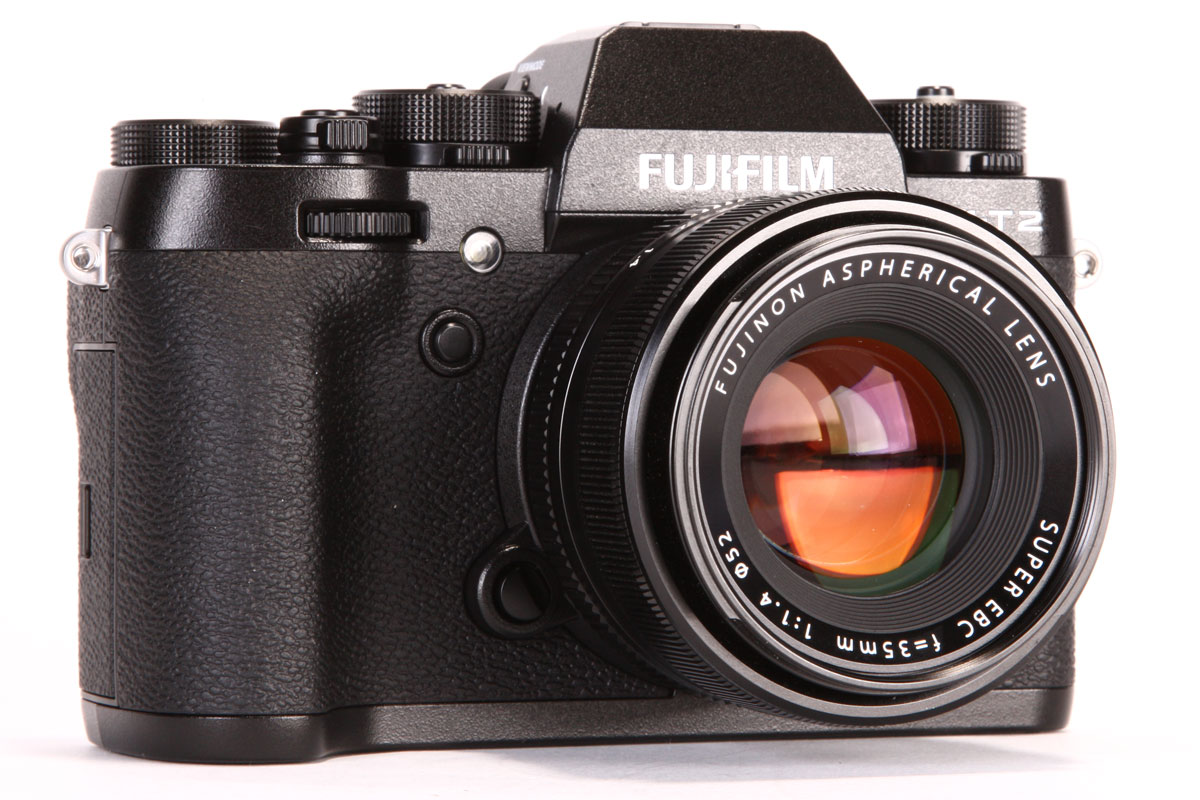 Fuji X-T2 vs X-T1 – 16 Key Differences