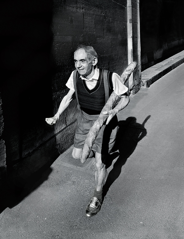 Ricardo in a reimagining of Willy Ronis's 1952 image 'The Little Parisian'. ©Catherine Balet