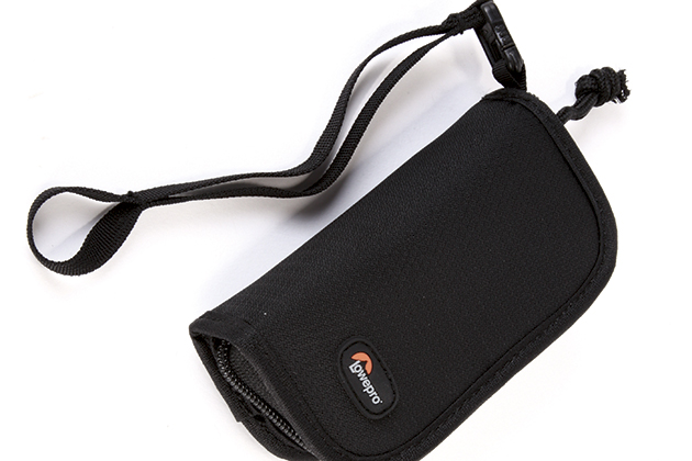 Lowepro S&F Memory Card Wallet 20 review