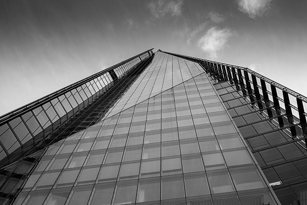Quick tips: Photographing tall buildings and great skies