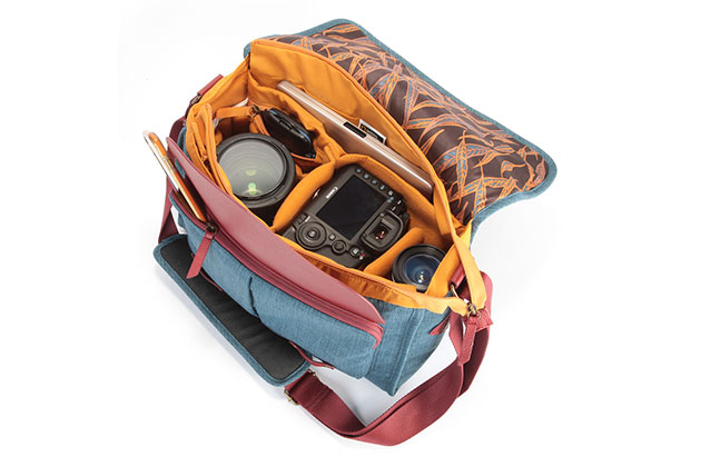 The National Geographic AU 2450 messenger bag is made to an exceptionally high standard – Read our review