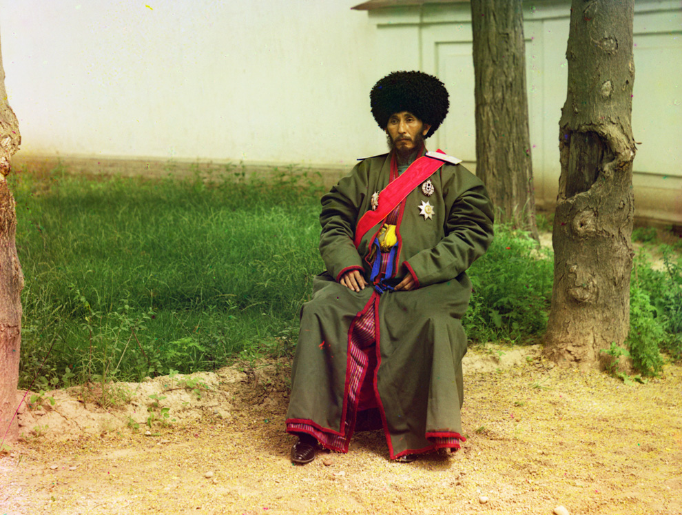 Colour images taken 100 years ago show Russia like you wouldn't imagine it