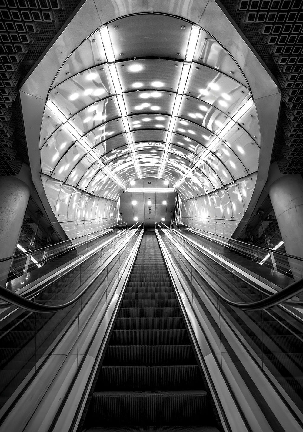 Underground in Warsaw - Tony Sellen