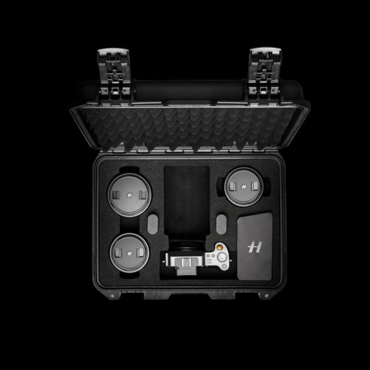 Hasselblad's new X1D 'Field Kit' bundle offers great value if you feel like treating yourself