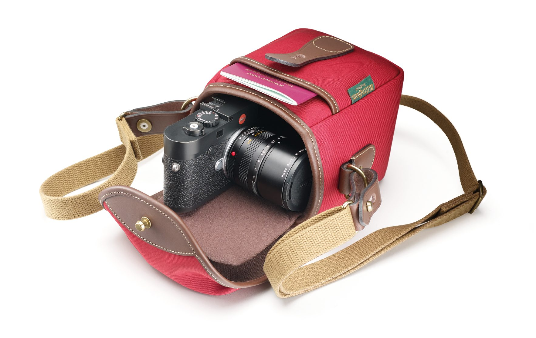 Billingham announces its latest small camera bag