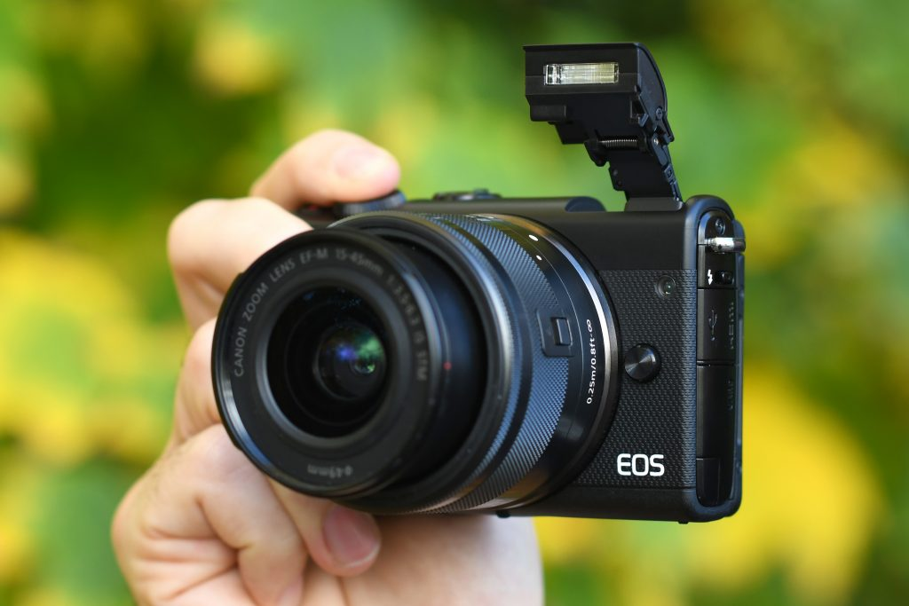 Canon EOS M100 review: An ideal camera for beginners or oversimplified?