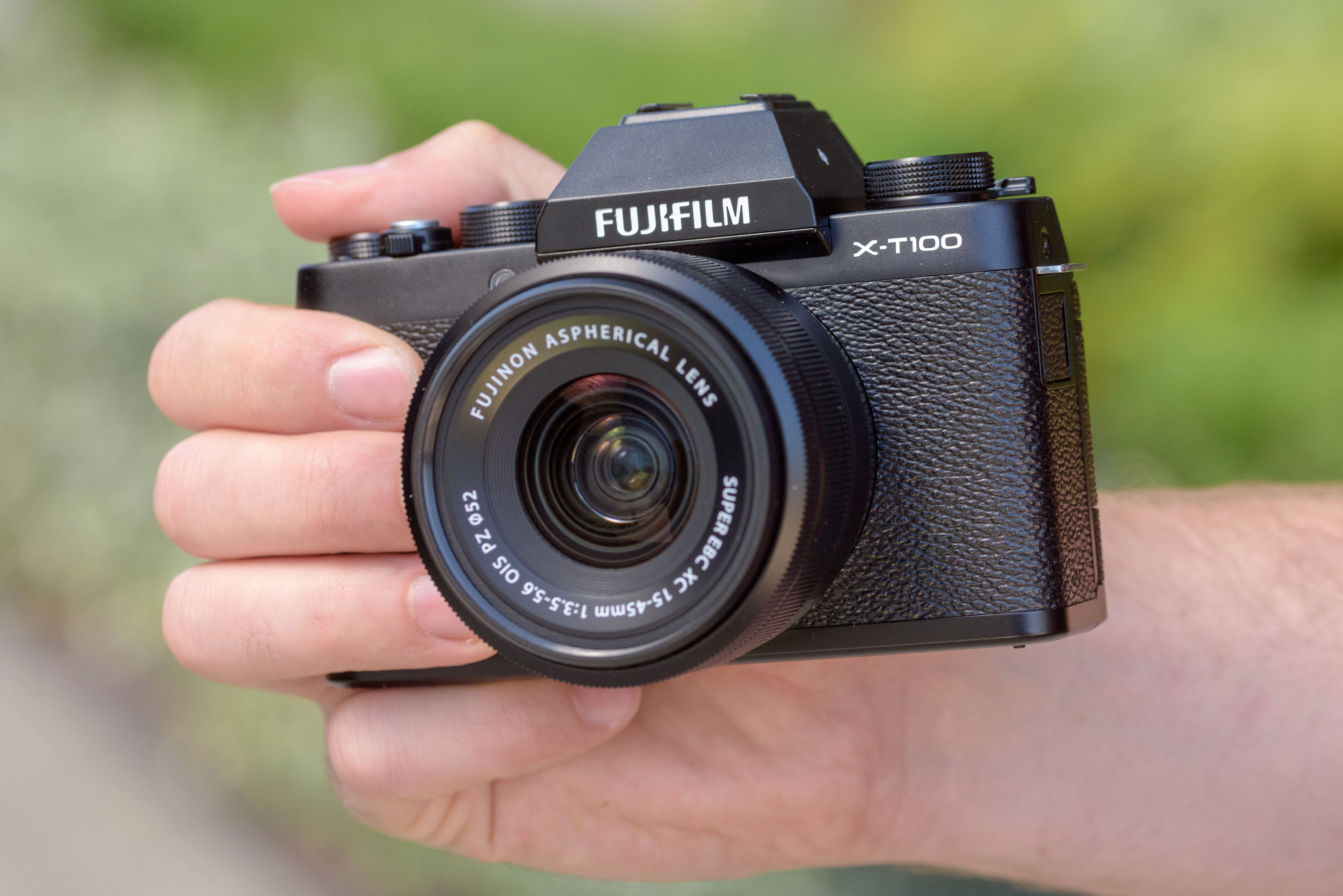 Fujifilm X-T100 review – The entry-level X-T model