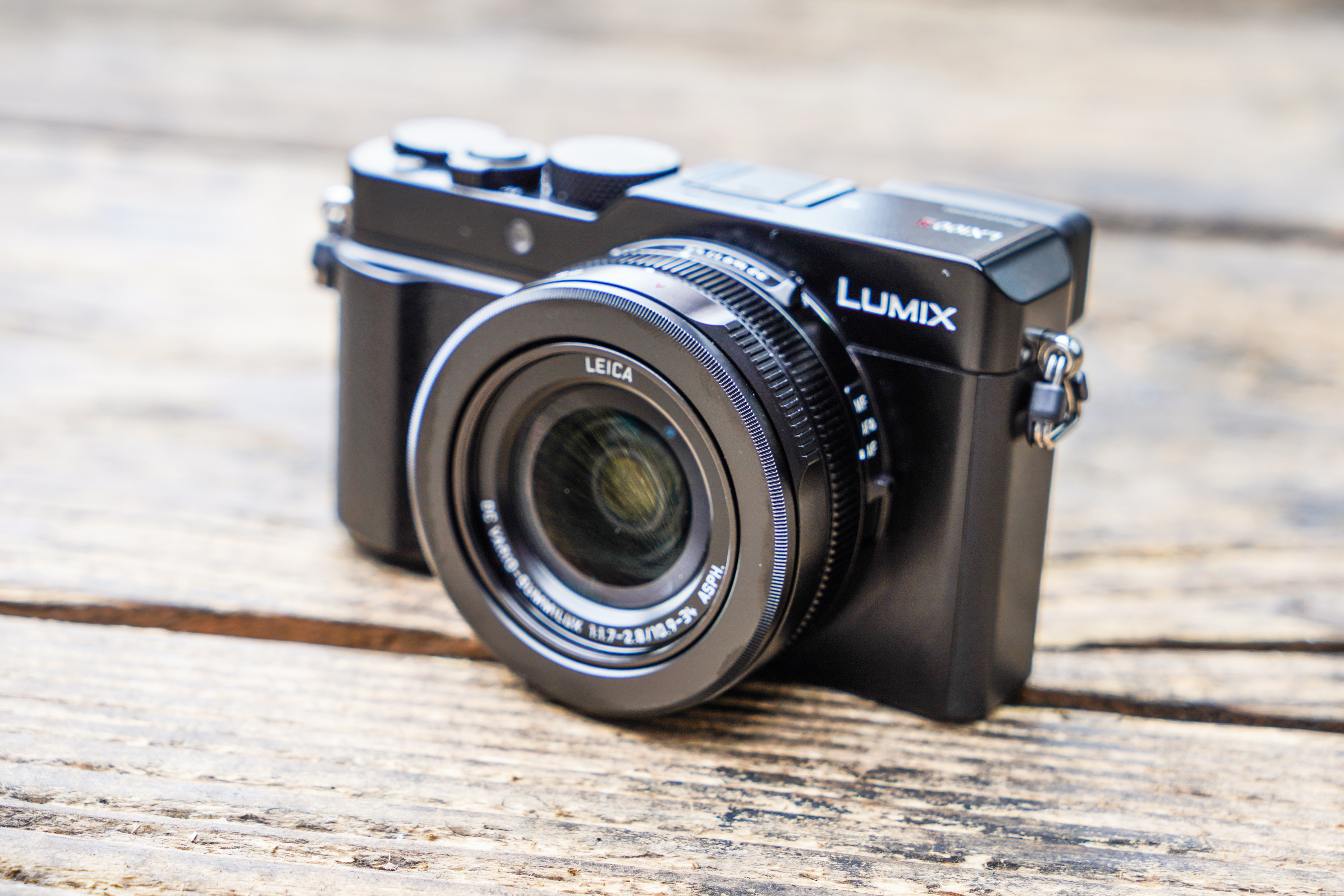 Panasonic Lumix LX100 II review: hands on first look