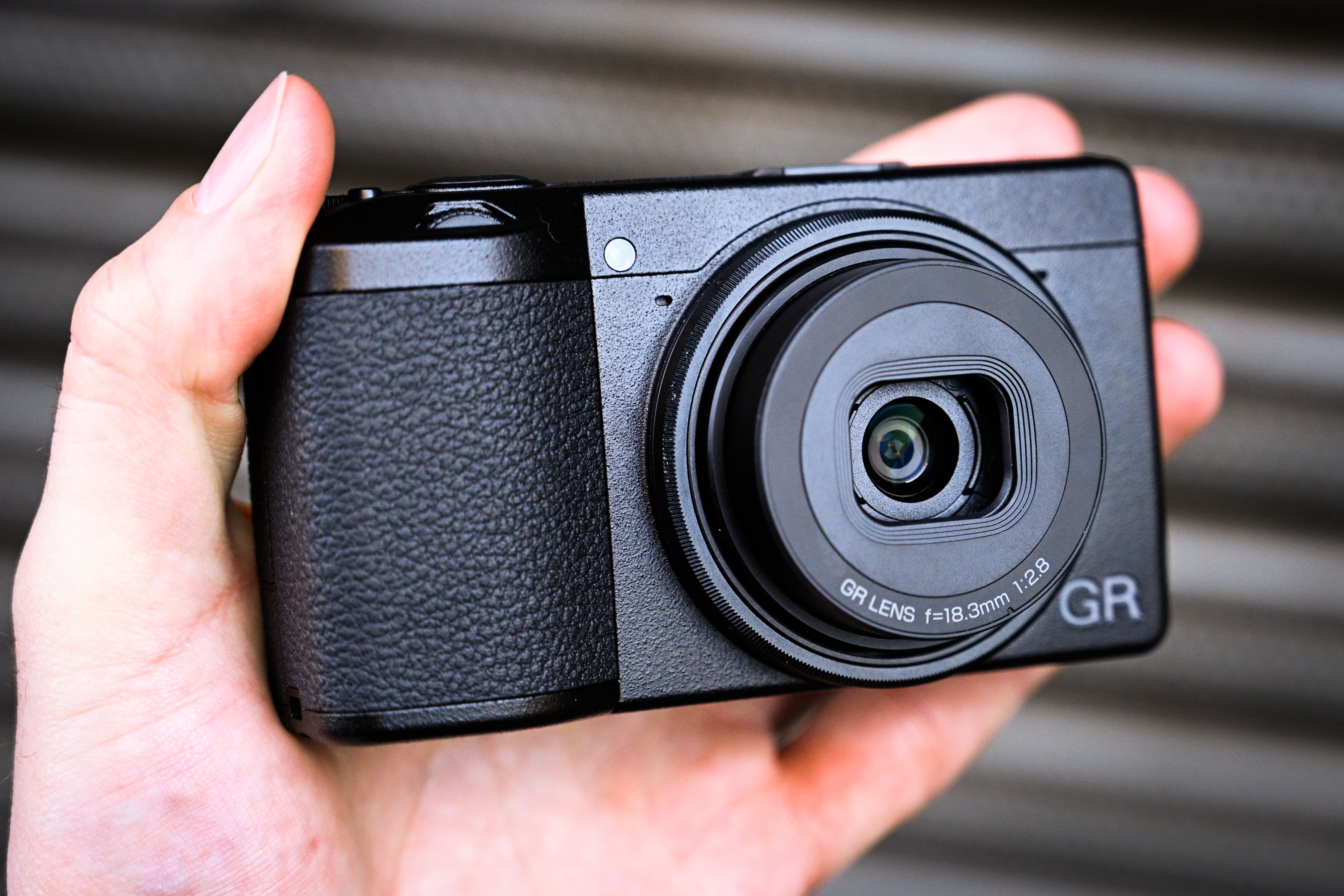 Ricoh GR III: new high-end pocket compact arrives