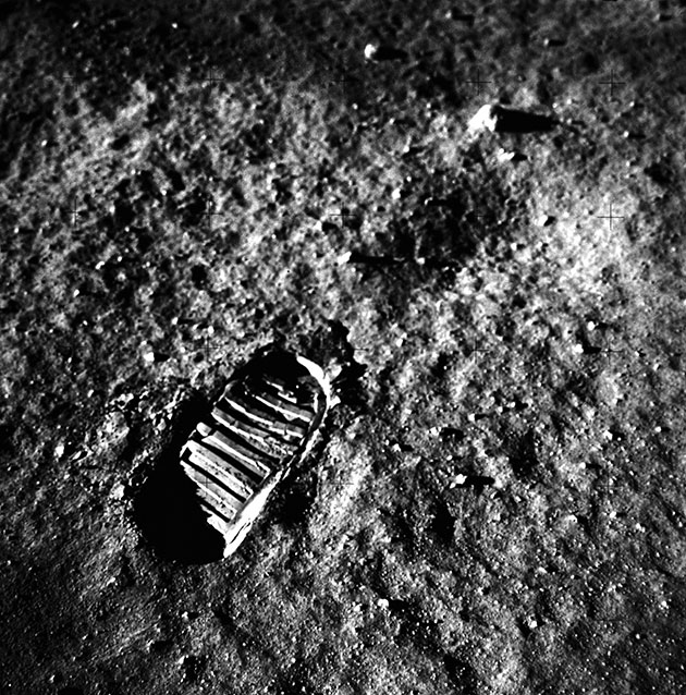 NASA first footprint on moon