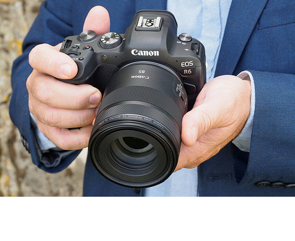 Canon EOS R6 review: hands-on first look