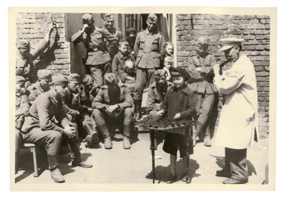 New book reveals WW2 - as photographed by German soldiers 17
