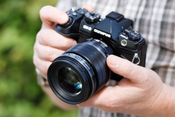 25mm F1.2 Featured Image